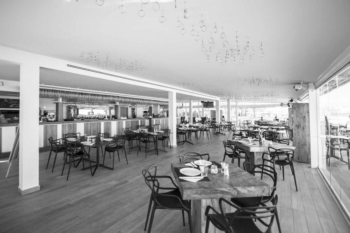 apertura-de-sir-rocco-beach-restaurant-by-ushuaia-2019